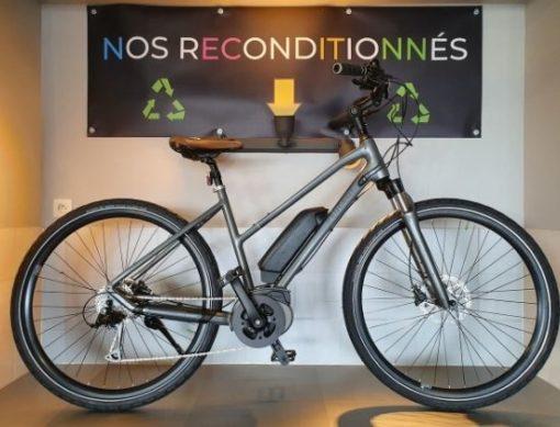 VTC électrique d'occasion reconditionné Peugeot ET01 avec moteur Bosch Active + - ebike market