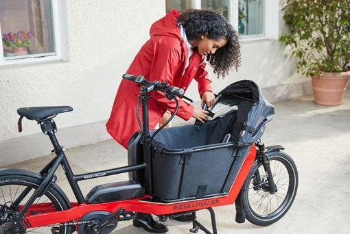 velo-cargo-bike-electrique-transport-enfant-riese-and-muller-packster-40-boutique-appebike-ajaccio-velo-electrique-corse