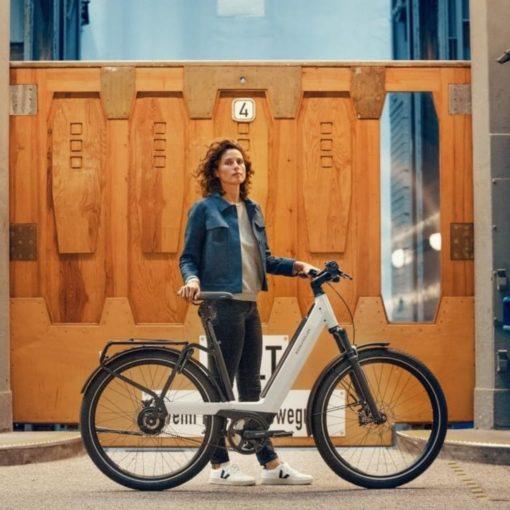 Vélo électrique Riese and Müller Nevo 3 - VTC électrique femme cadre bas - vélo électrique ville femme - boutique appebike ajaccio en Corse - Couleur blanc